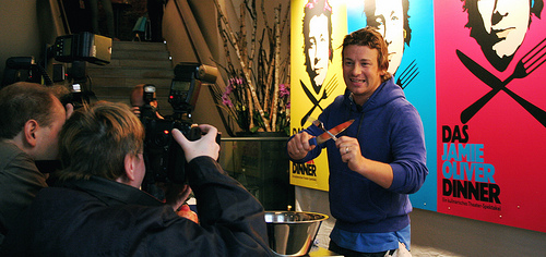 Jamie Oliver Dinner Vorpremiere abgesagt. Ersatztermine mit Haken.