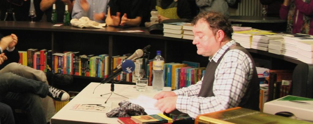 """""""Auf Sie mit Idyll!"""" Wiglaf Droste und die Bionade-Biedermeier. Szenen einer Lesung."""
