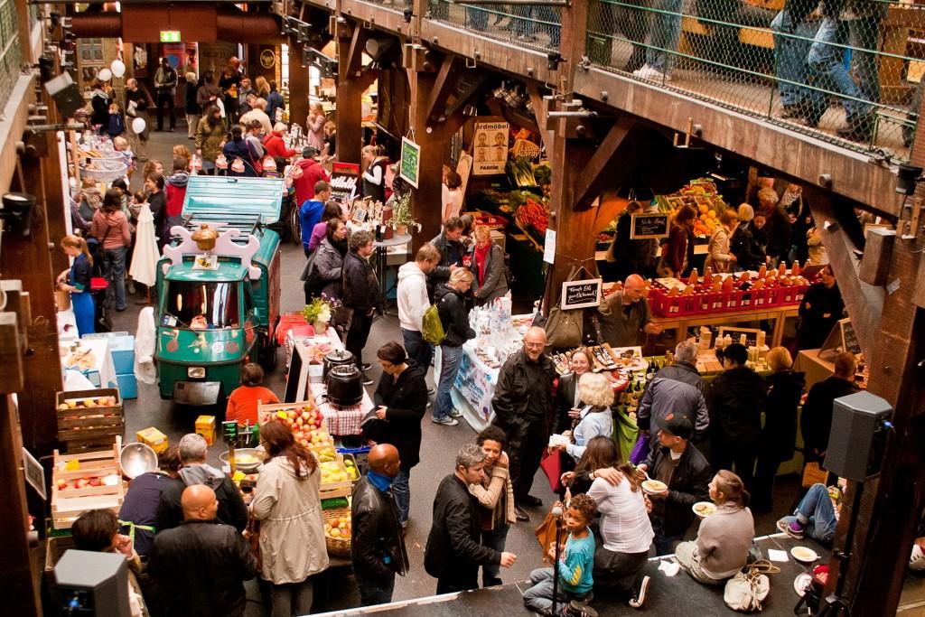 Weihnachts-MARKTZEIT Benefiz in der Altonare Fabrik