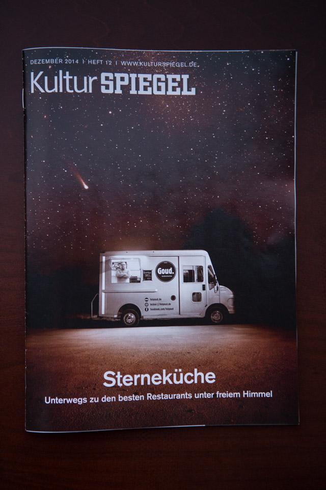 """Kutur Spiegel """"Streetfood"""" mit dem """"Auf die Hand X-mas Burger"""""""