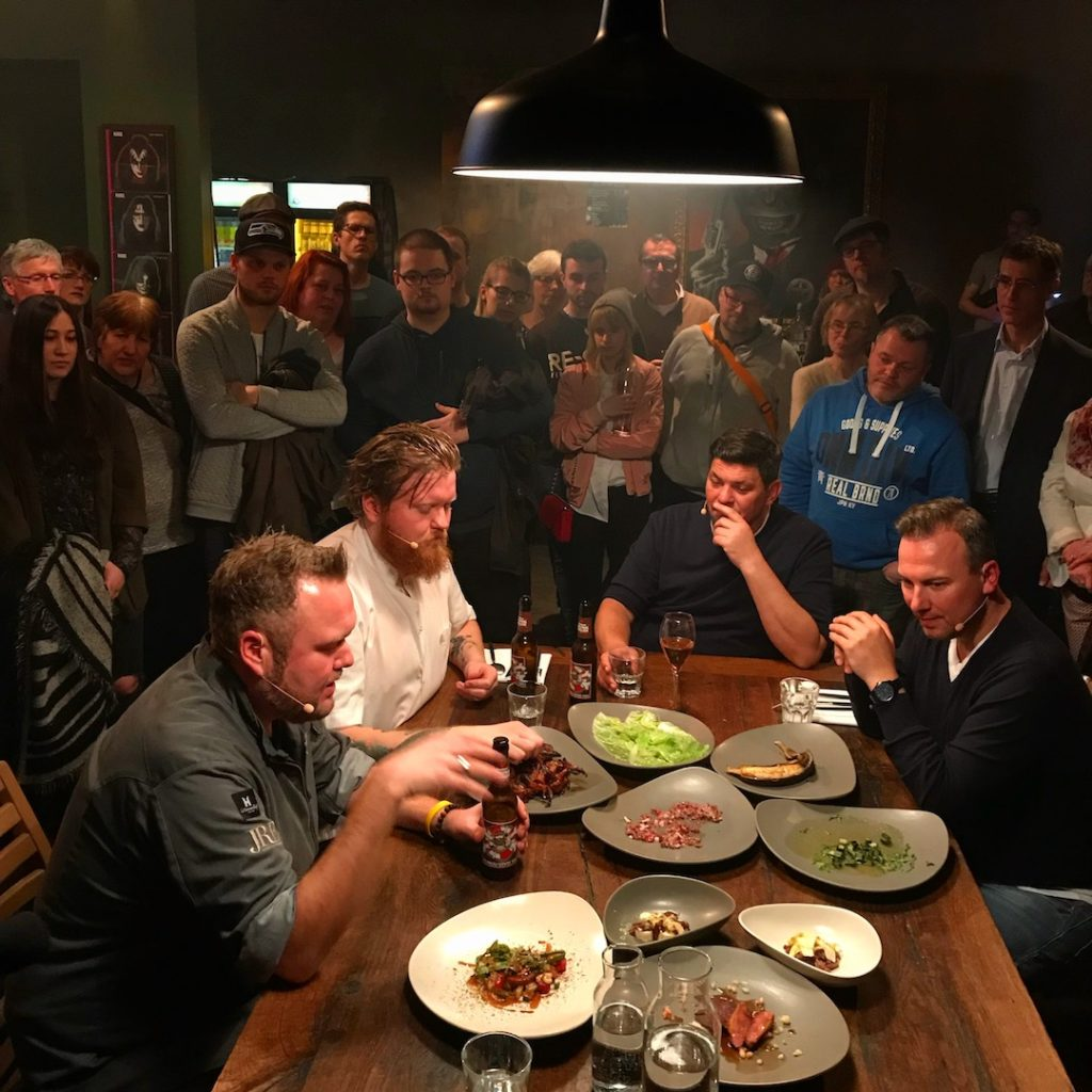 Knife Fight Club: bei den Dreharbeiten – alle Infos zur neuen VOX Late Night Koch Show