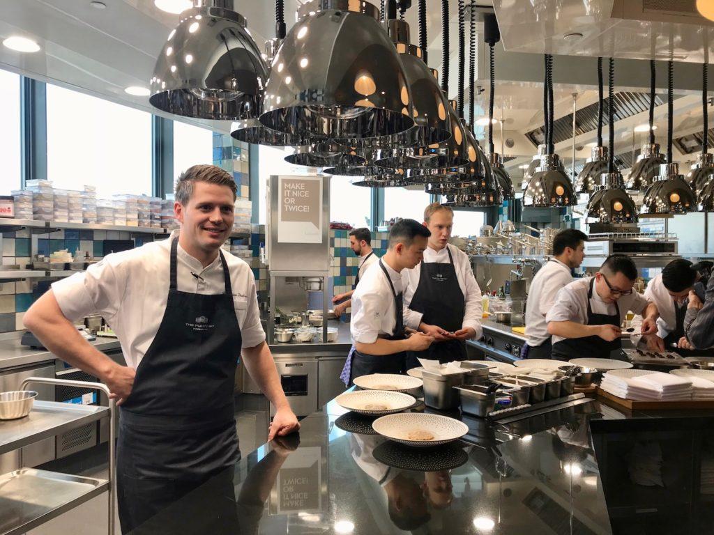 Restaurant Lakeside im The Fontenay – Blick in die neue Küche und drei erste Teller von Cornelius Speinle