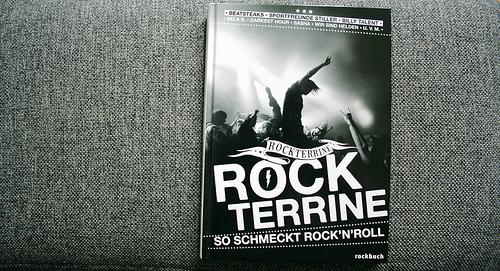 Gelesen: Rockterrine – So schmeckt Rock´n Roll